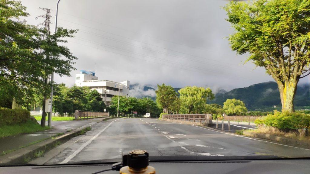 諏訪湖に向かう途中