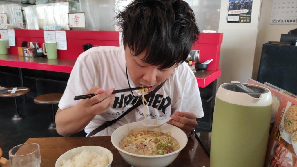 愛媛の骨太味覚のラーメン