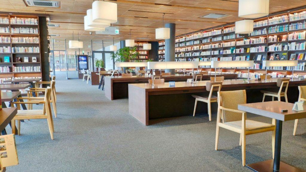 徳山駅の図書館施設