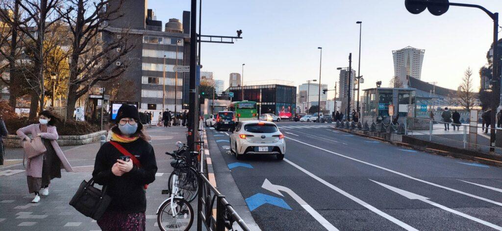 原宿駅で記念撮影