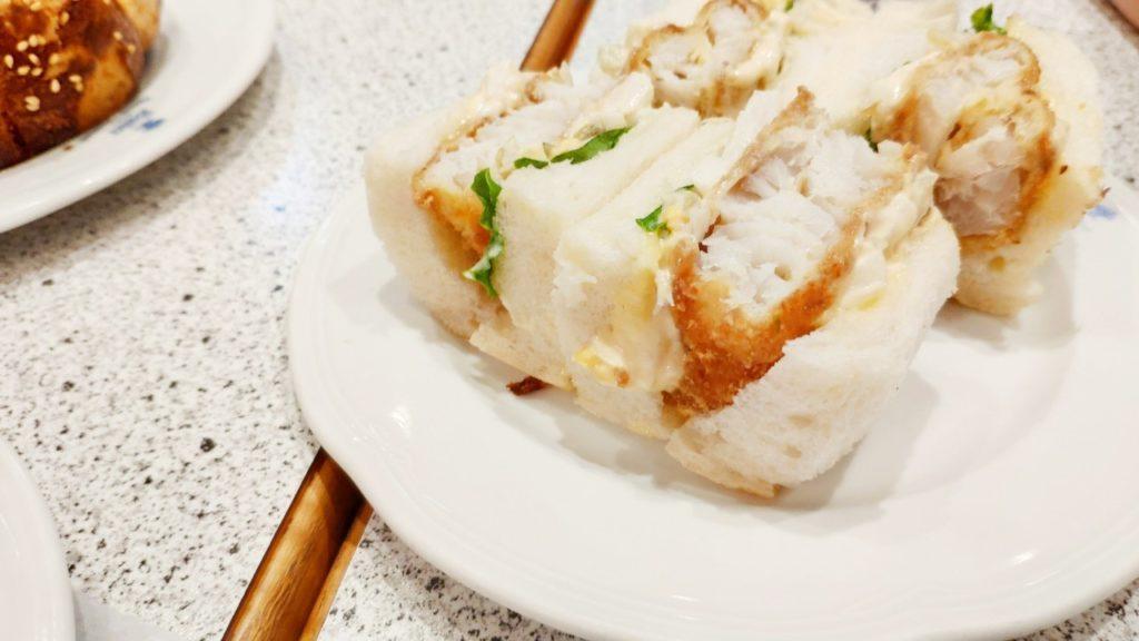 博多のパン屋さん、サイラーのサンドイッチ