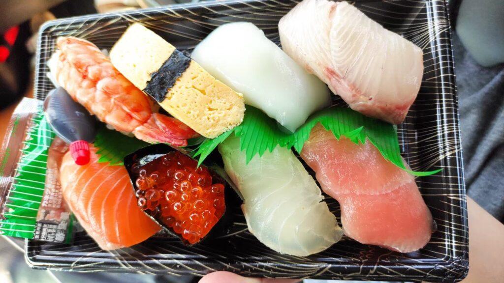 舞鶴のとれとれセンターの寿司