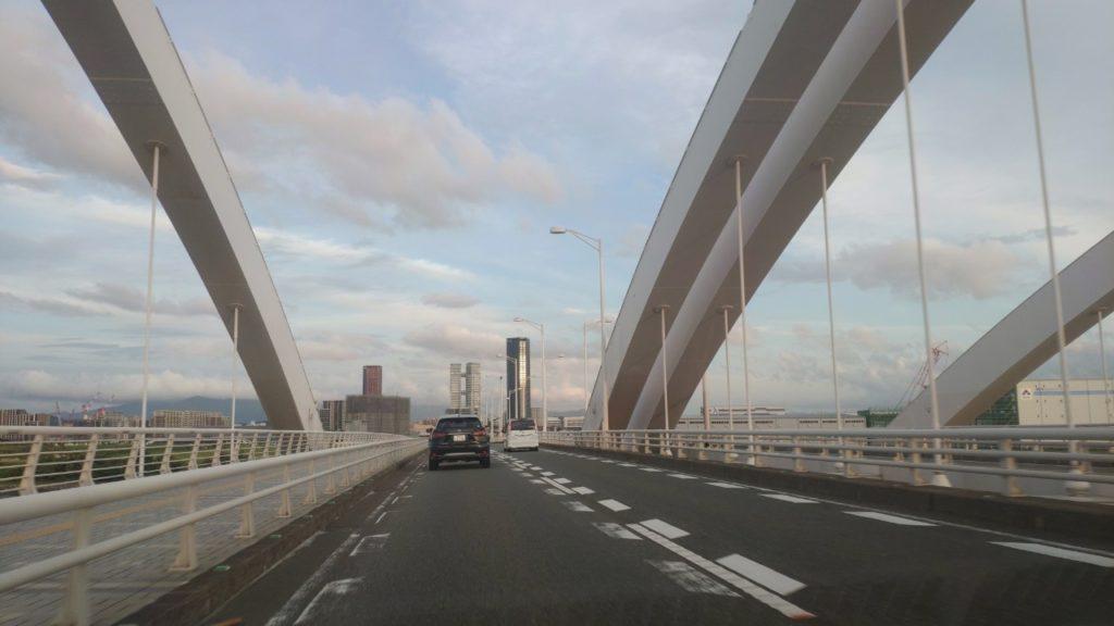 博多の海のほうへドライブ