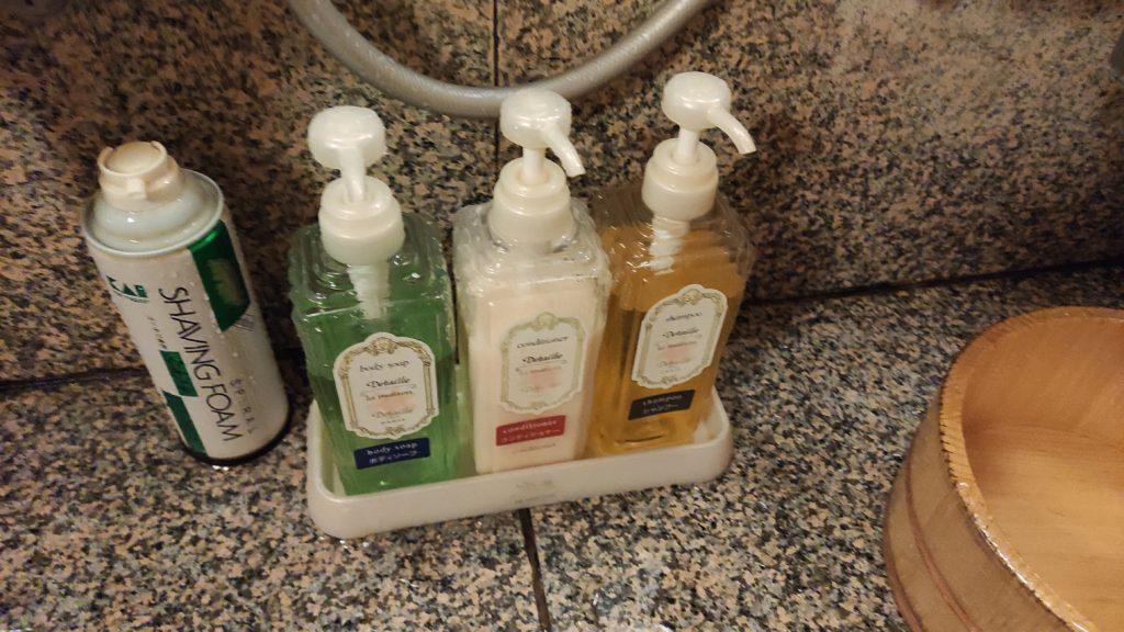 扇屋さんの貸切風呂 シャンプー、リンス、ボディーソープ