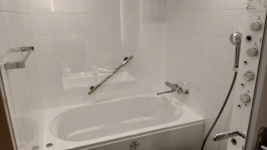 ホテルフォルツァ金沢の部屋のバスルーム