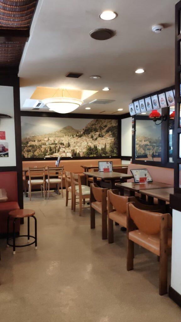 鹿児島むじゃきの洋食屋さんの内装