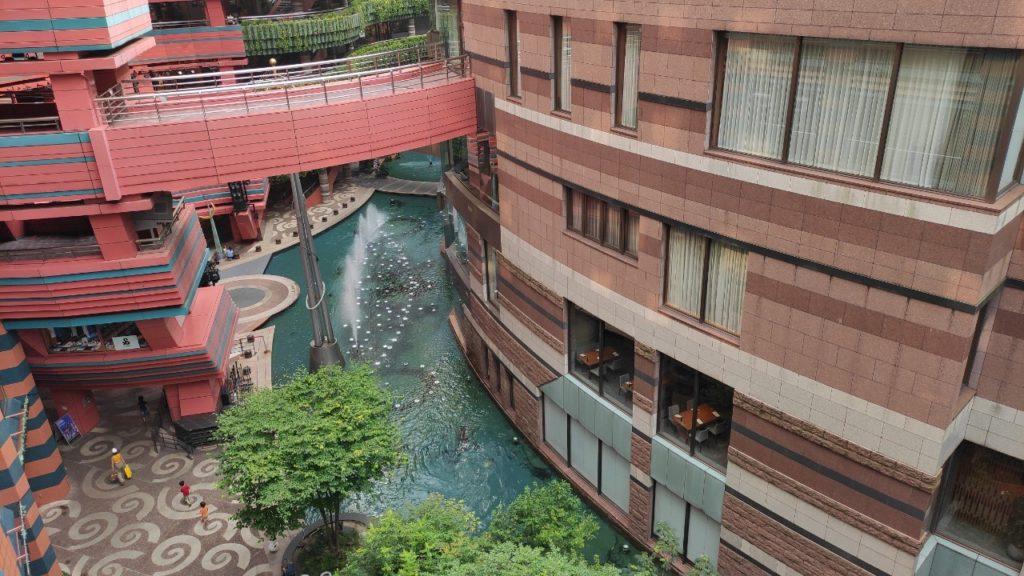キャナルシティ博多の噴水ショーを上から見た