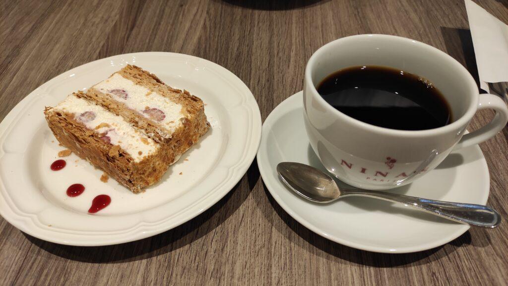 NINA'S Marieantoinette のケーキ